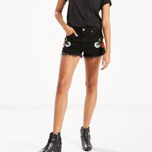 NWT Levi's 501 Black Embroidered Shorts!